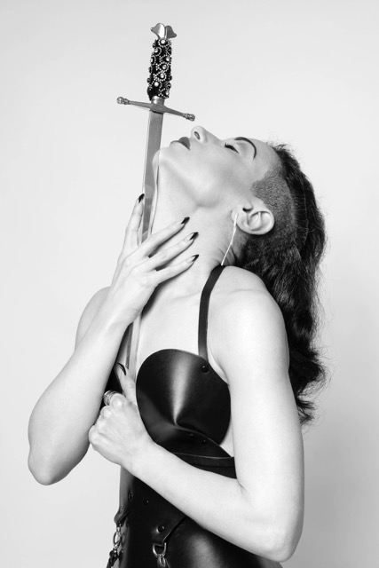 Jewels (sword swallower)